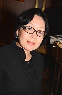 Dr Yvonne (Yifeng) Hu
